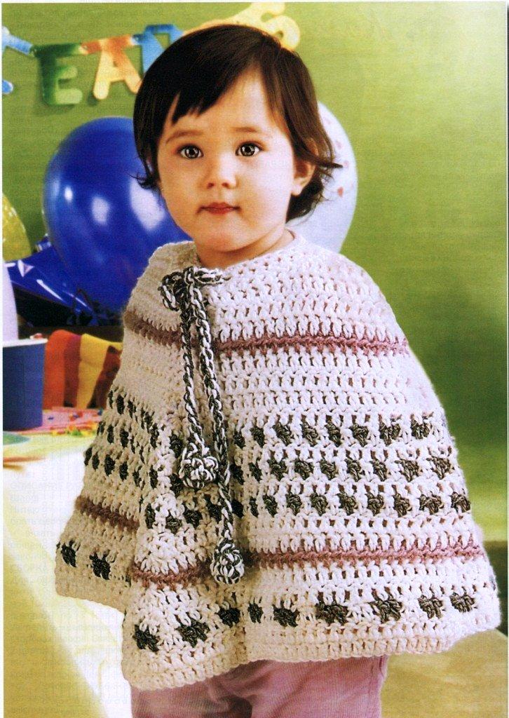 Связано пончо достаточно легко крючком.  Вязание для детей - Вязаное пончоОПИСАНИЕ МОДЕЛИ И СХЕМА ВЯЗАНИЯ Источник...