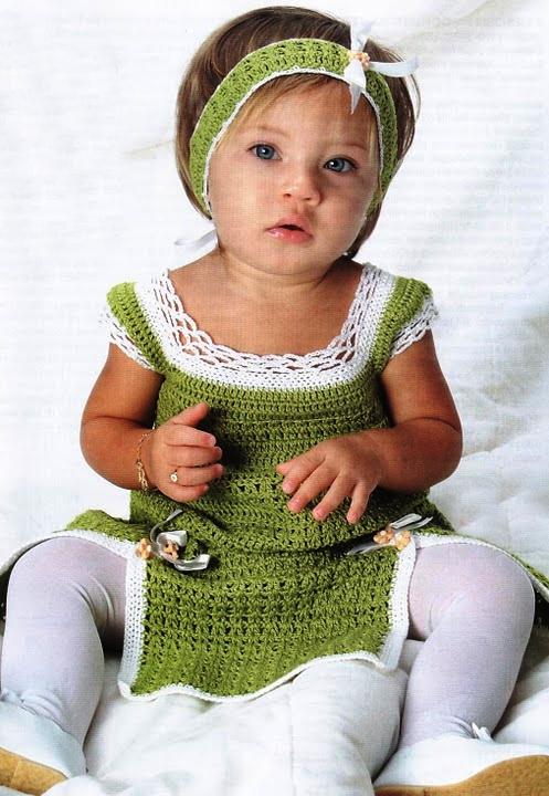 Платье для малышки с белой