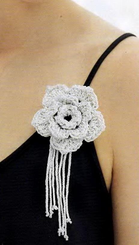 Вязаные цветы для украшения одежды   Вязание крючком ...