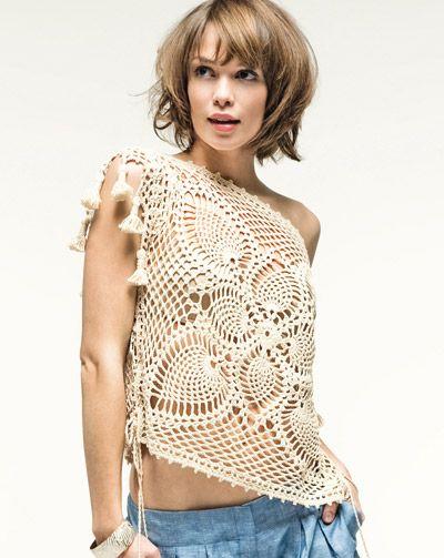 Посмотрите какую красоту я Вам нашла, которую можно связать крючком по схемам Здесь ажурное платье и замечательный...