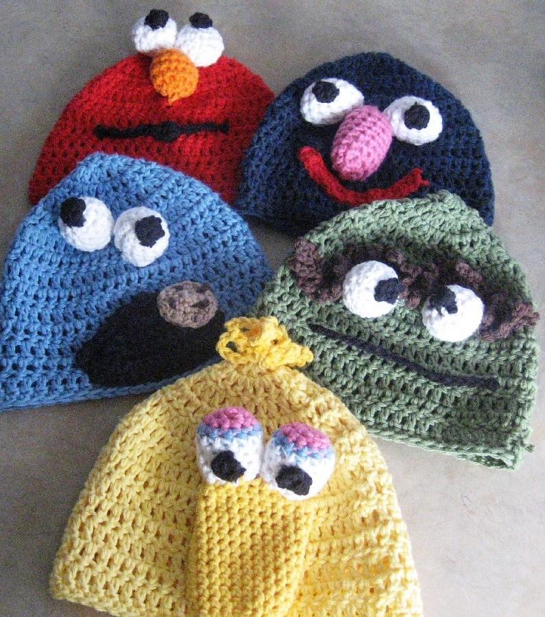 Вязание шапок крючком (подборка моделей) .