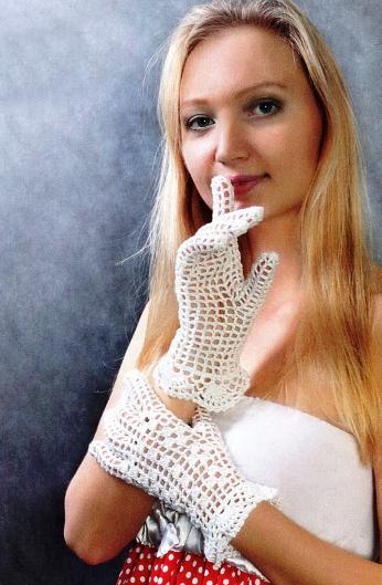 вязаные перчатки крючком