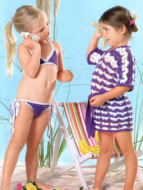 Пляжная туника и бикини.