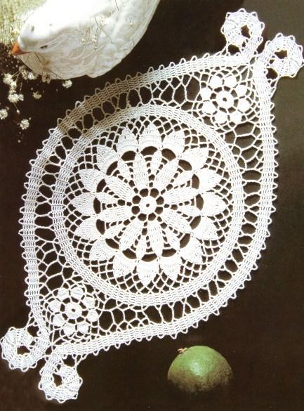 168 Схема салфетки брюггским кружевом.