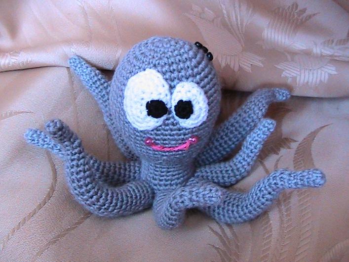 вязаный осминог крючком