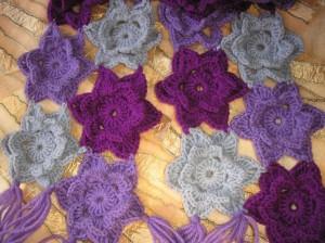 цветочный шарф крючком
