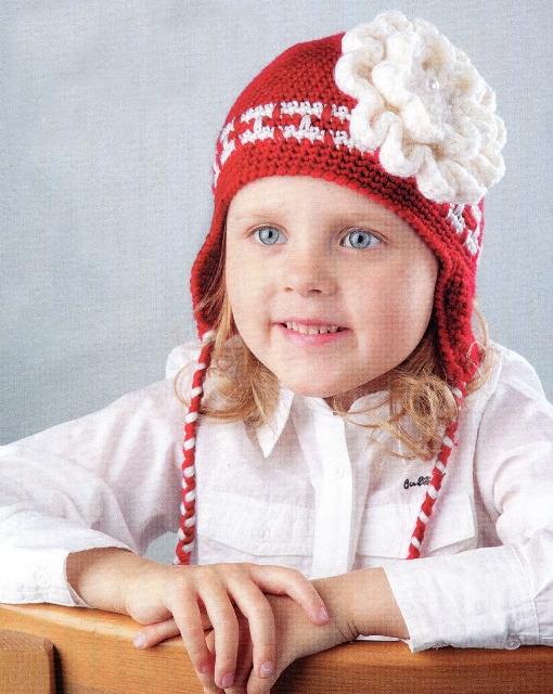 Красная шапочка с белым