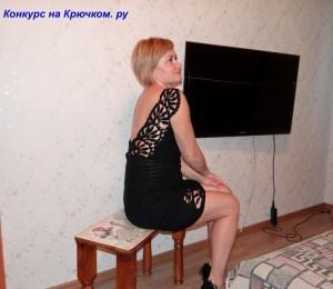 вязаное платье с кружевными вставками крючком