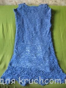 вязаное платье из мотивов