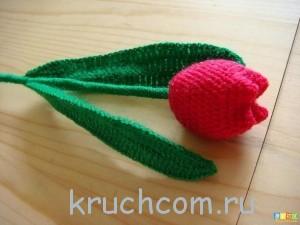 вяжем тюльпаны крючком