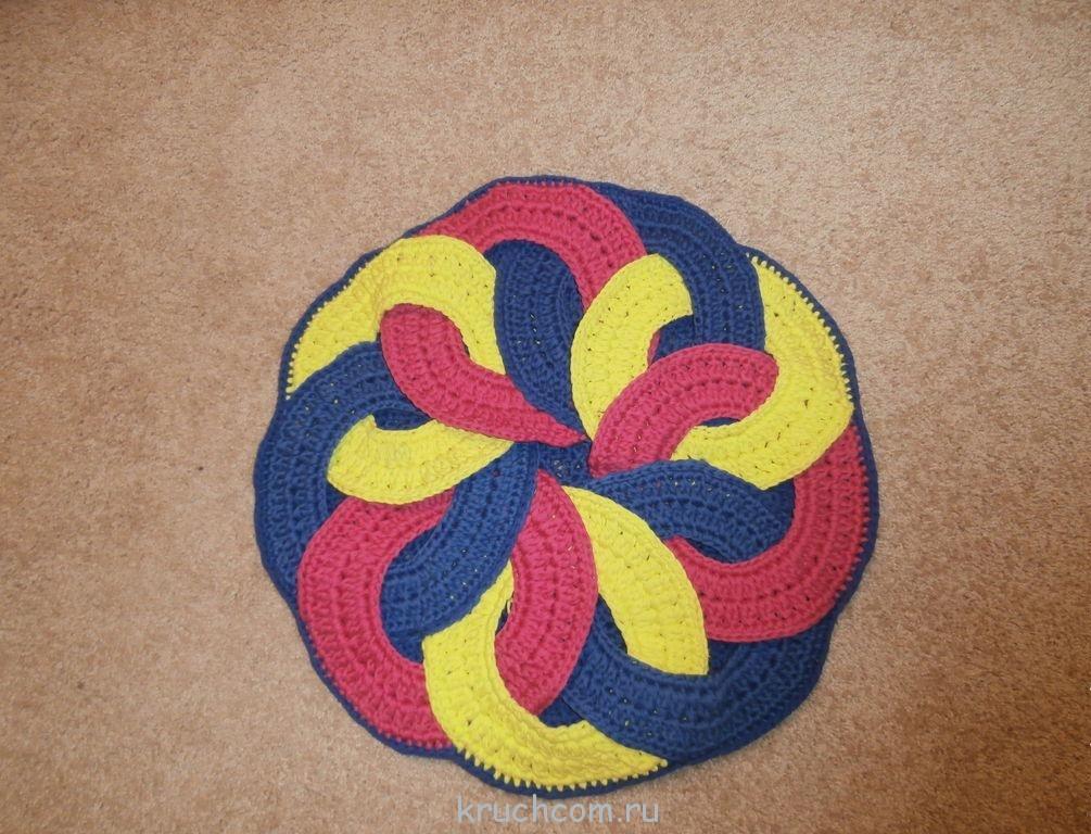10 идей как сделать коврик своими руками