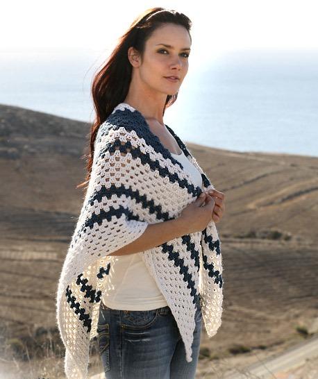 Белая ажурная шаль - Вязание, крючком