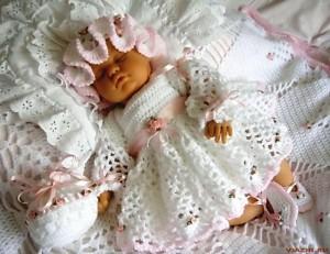 ажурное платье для малышки крючком