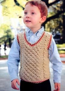 вязаный жилет для мальчика