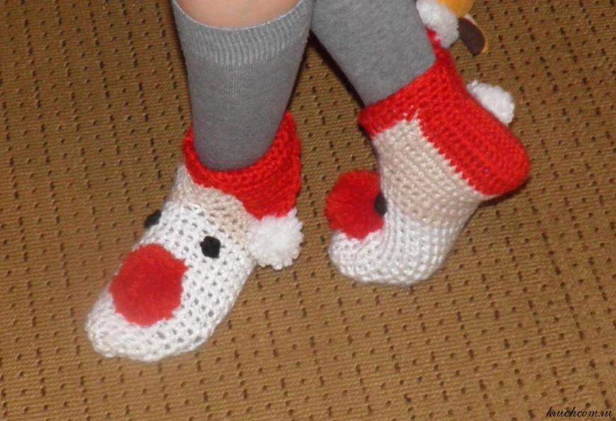 Новогодние тапочки-носочки | Вязание крючком, бесплатная ...