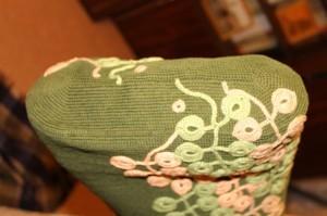 декор для вязаной сумки