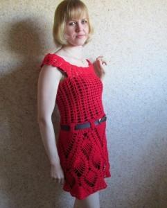 красное платье крючком