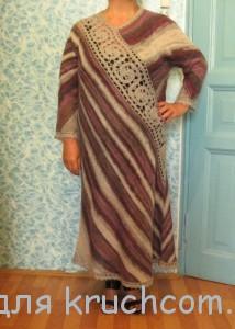 вязаное платье с кружевной вставкой