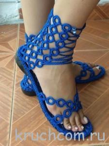 как связать сандалии